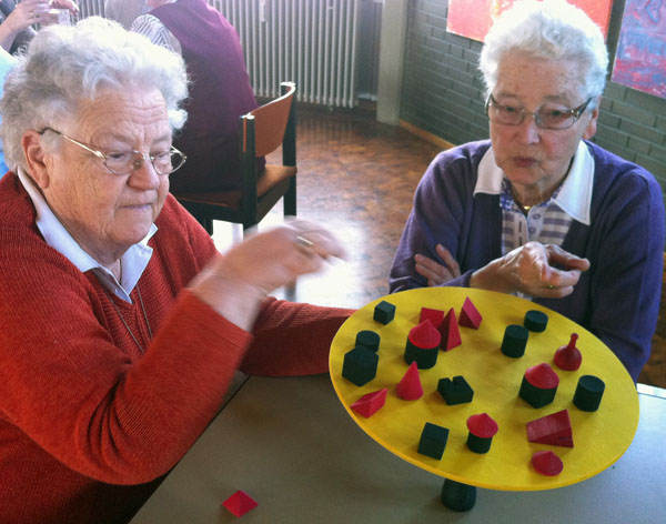 Ursel Drews und Edit Sandforth leiten Seniorenkreis und Seniorenfrühstück